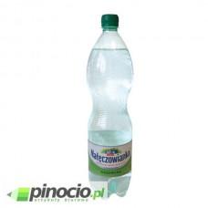 Woda NAŁĘCZOWIANKA gazowana 1.5l
